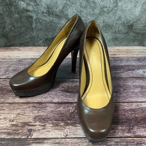 Nine West ~ Heleno Brown Leather Pumps